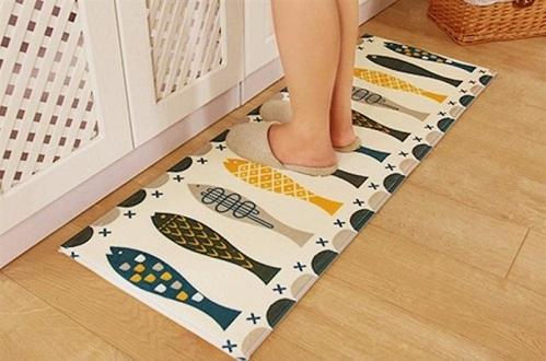 thảm lót sàn nhà bếp con cá