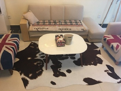 thảm lông thú màu trắng đen 1