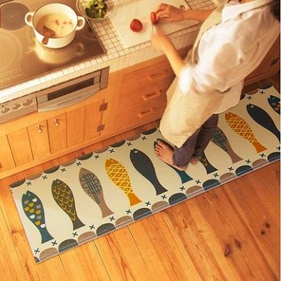 thảm trải nhà bếp con cá